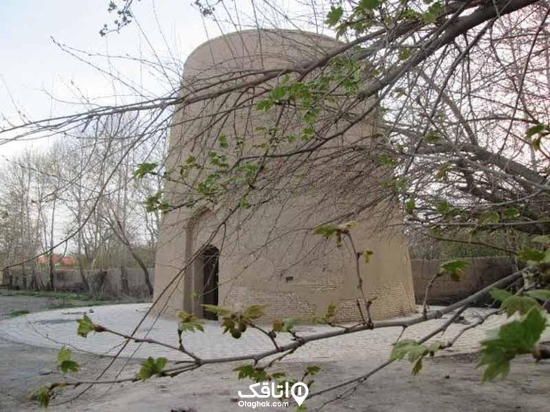 مقبره بابا محمود شهریار